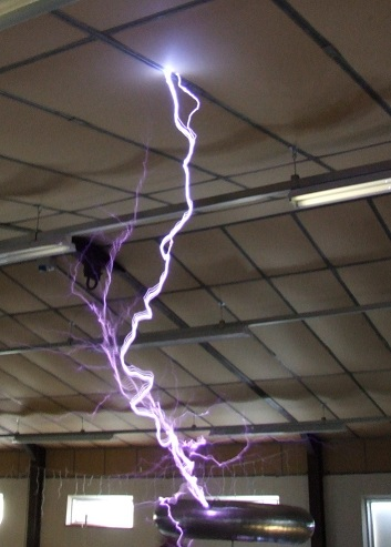 Phoenix tesla coil in action again